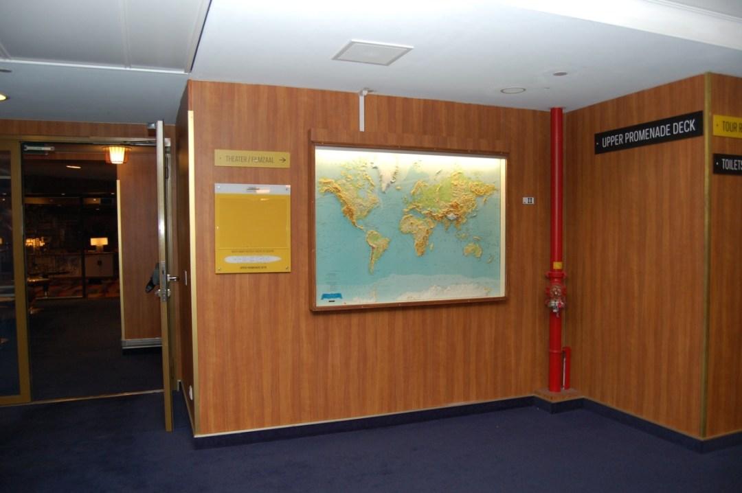 Wereldkaart verplaatst