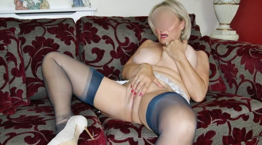 donna matura bionda e sexy di livorno cerca sesso