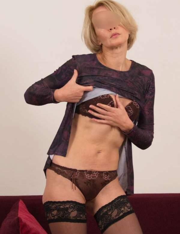 Signora di Perugia cerca incontri extraconiugali foto quattro