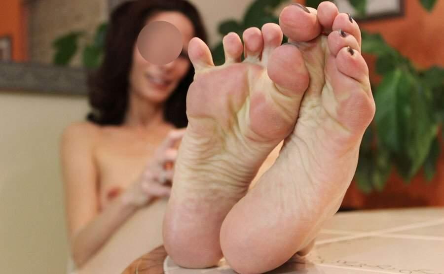 milf feticista dei piedi incontra a Bari