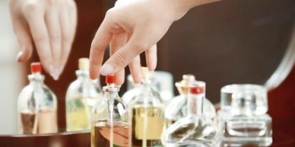 cara memilih parfume untuk wanita 2