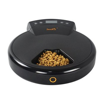 What's The Best Automatic Dog Feeder? Check Our Top Picks 16
