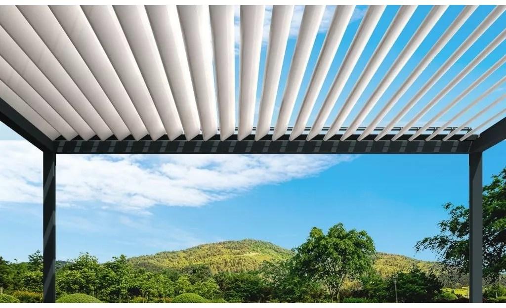 pergola bioclimatique helios autoportee en aluminium