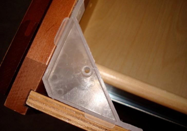 Kitchen Cabinet Corner Brackets