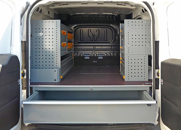 Allestimento Fiat Dobl cassettiera sottopianale e