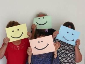 Optimusmus-Menschen-lächeln