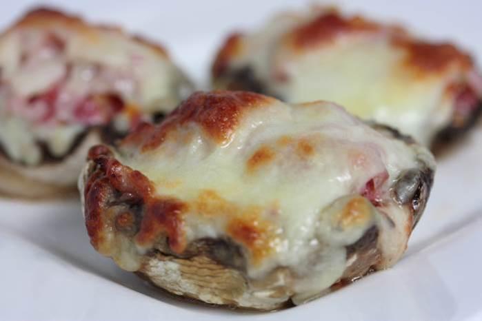 LowCarb - Champignons im Pizzastyle - Rezept