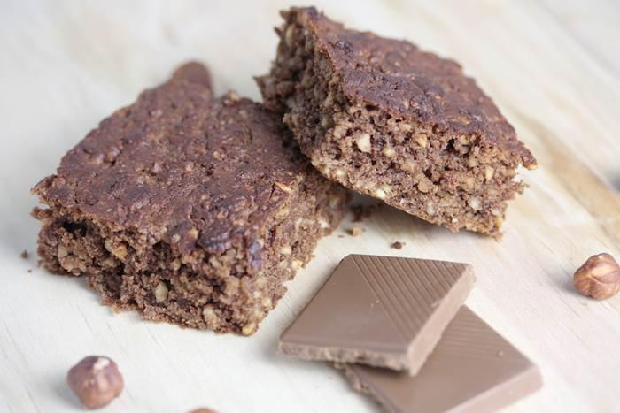 No Sugar Added Schokolade Haselnuss-Schnitten