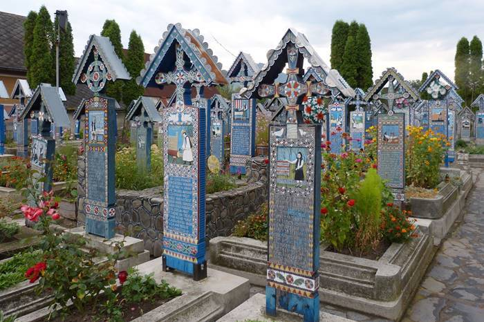 Fröhlicher Friedhof-Transsilvanien-Siebenbürgen-Rumänien-Sarpanta
