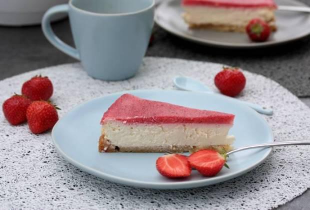 Low Carb Erdbeer Käsekuchen-Käsekuchen Rezept-zuckerfreier Kuchen