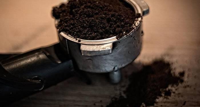 Kaffeesatz-selbstgemachtes Peeling