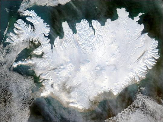L'Islanda innevata è una landa postapocalittica.