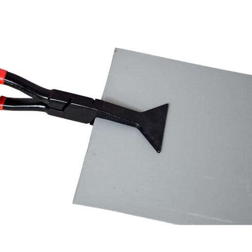 Deep depth hand tong in use