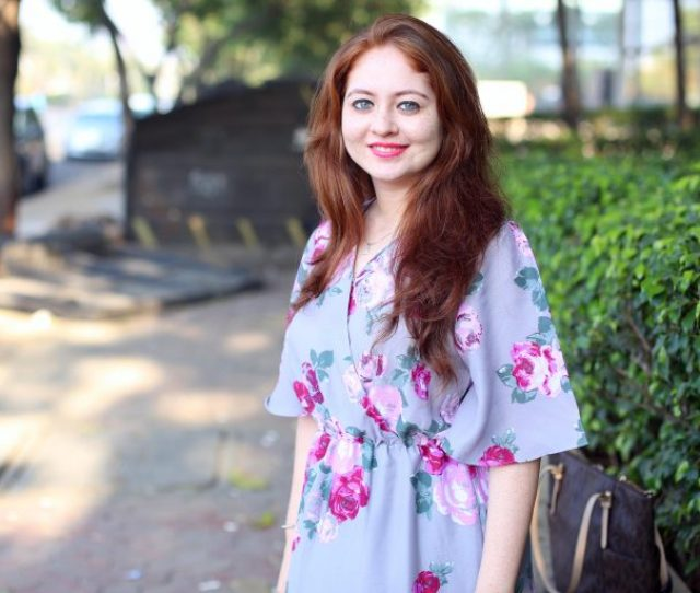 Woman  Born With Red Hair White Skin And Freckles To Indian Parents Was Shunned Because People Think Shes Diseased