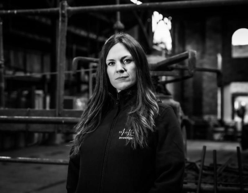 Stourbridge News: Jayne Harris qui dirige HD Paranormal et joue à la télé Help!  Ma maison est hantée