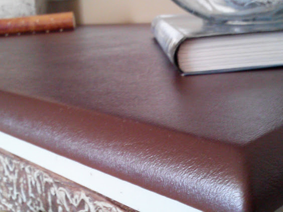 faux-leather-desk-top