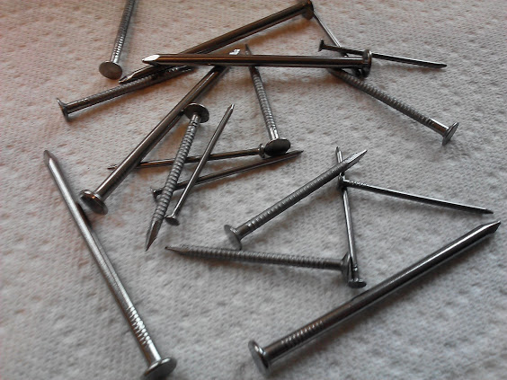 standard-nails