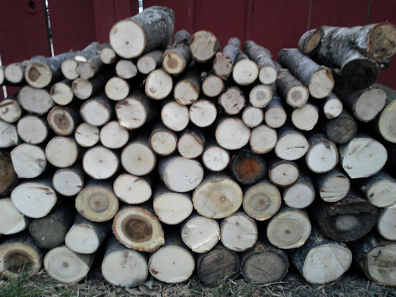 perfect-stack-of-wood