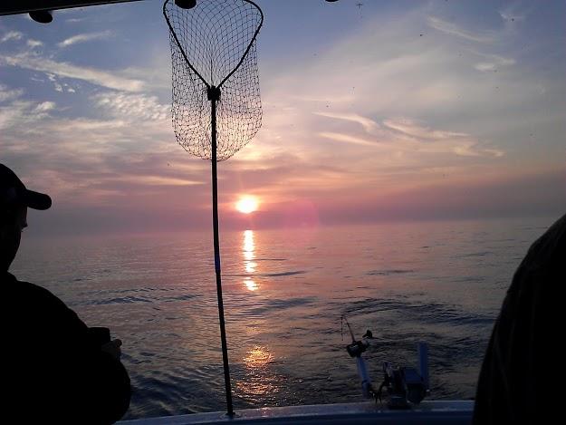 sunrise-charter fishing-StowandTellU