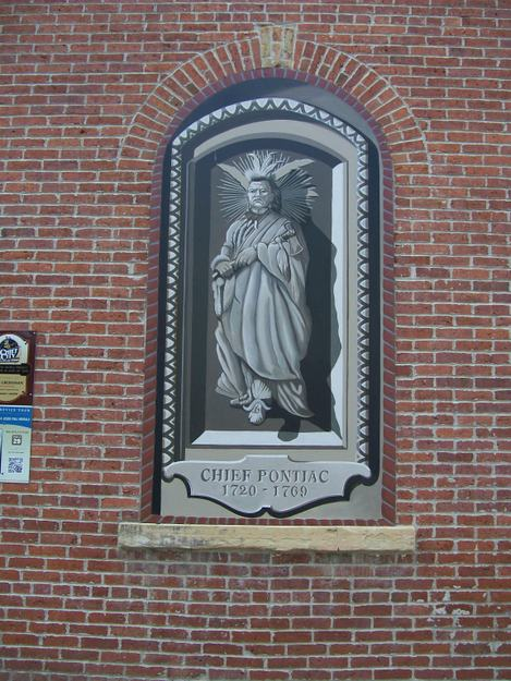 cheif-pontiac-mural