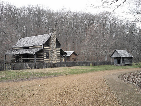 homeplace log house-land-between-the-lakes-tennessee