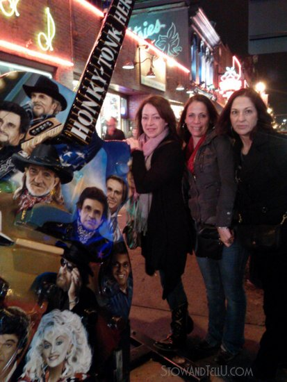 visiting-broadway-nashville-honky-tonks