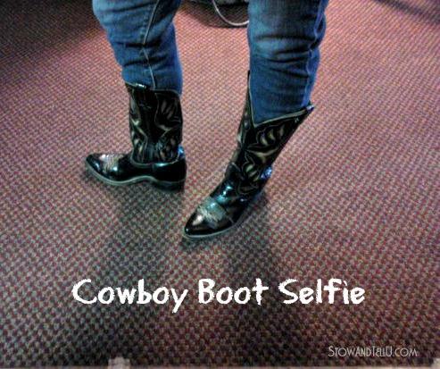 cowboy-boot-selfie