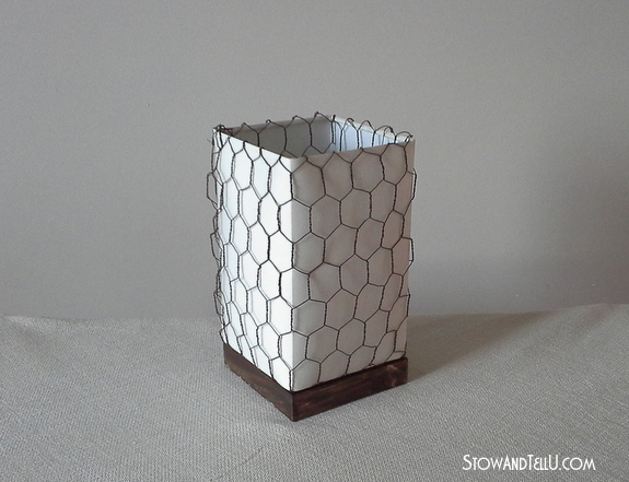 lamp-shade-wrapped-wtih-chicken-wire