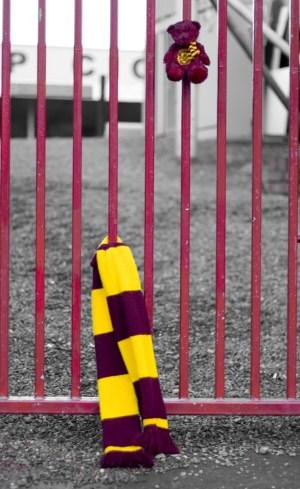 football scarf st. pauli