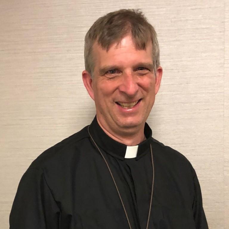 Michael Tutton : Associate Priest