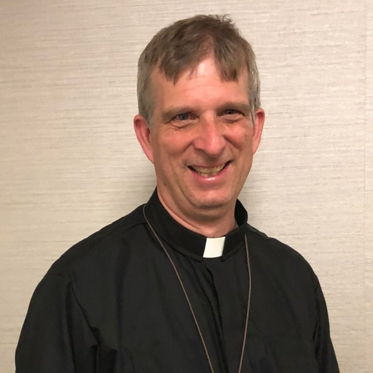 Michael Tutton : Associate Priest
