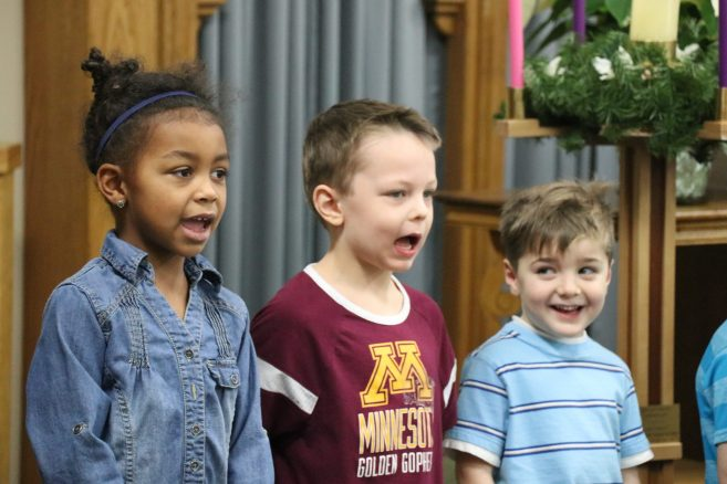 Preschoolers sing carols to Bartels Residents