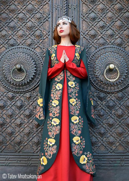 Tatev_Mnatsakan traditional AR dress