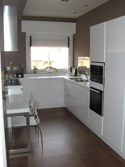 Credenza Cucina Moderna - Idee per la progettazione di decorazioni ...
