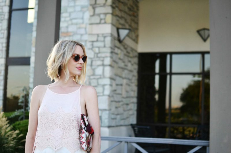lookbook blush top, sole society clutch, raen sunglasses