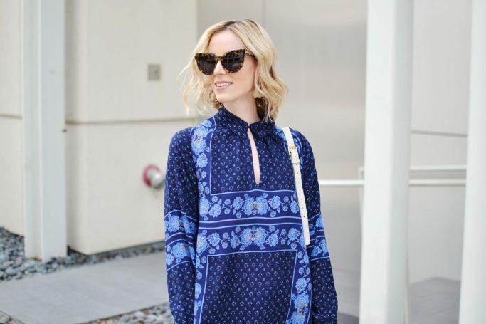 blue tunic top, karen walker starbusrt sunglasses