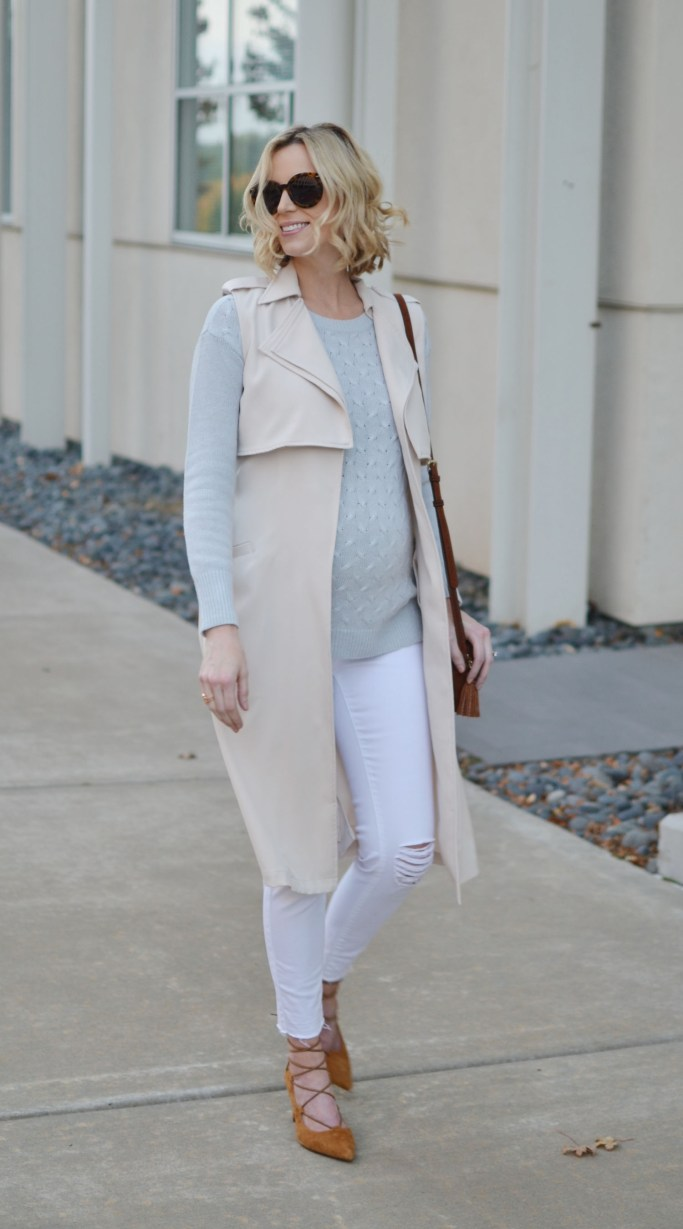 mint and white with tan accents, white jeans for fall. stylish maternity outfit, fall outfit idea