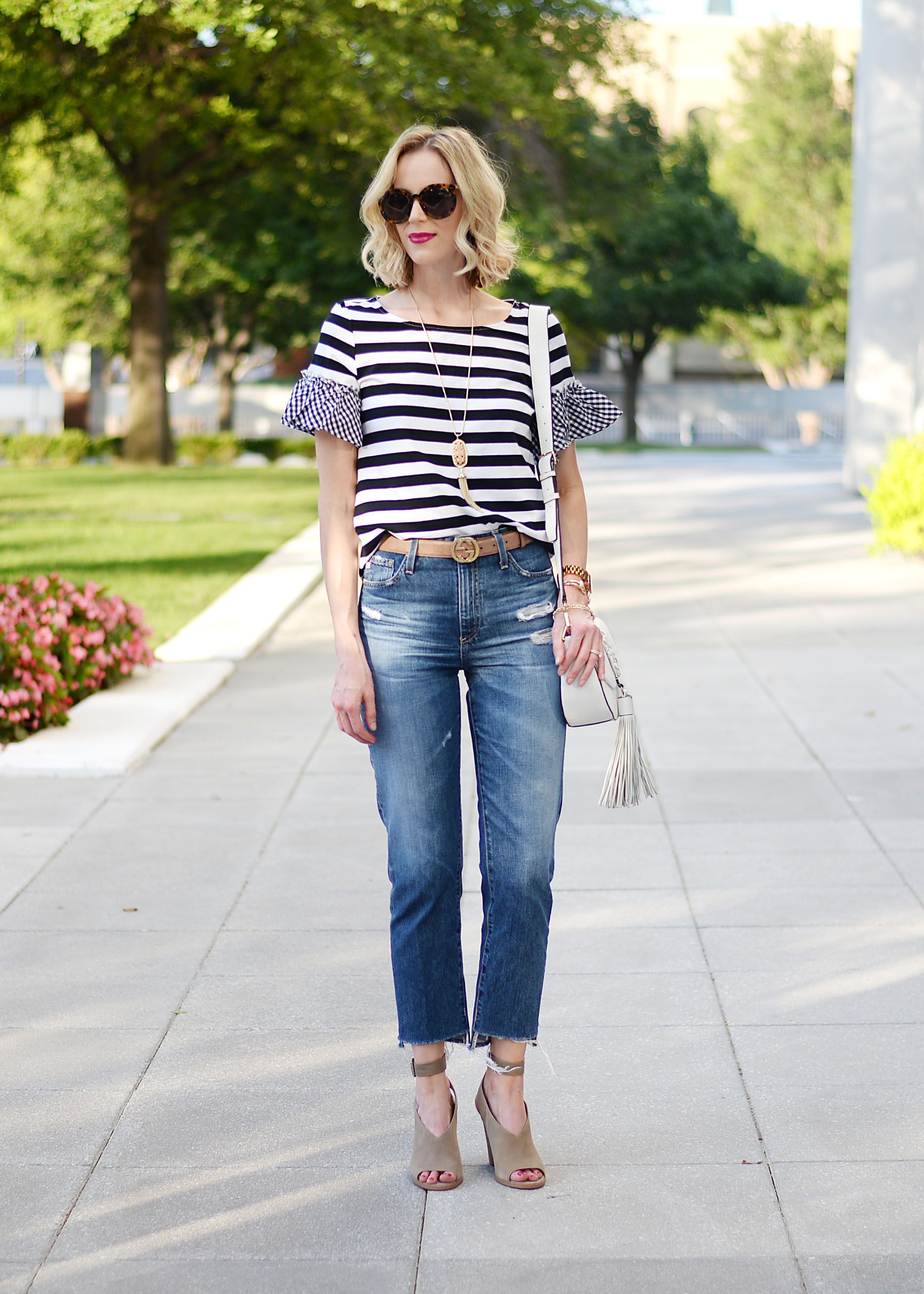 how to wear straight leg jeans