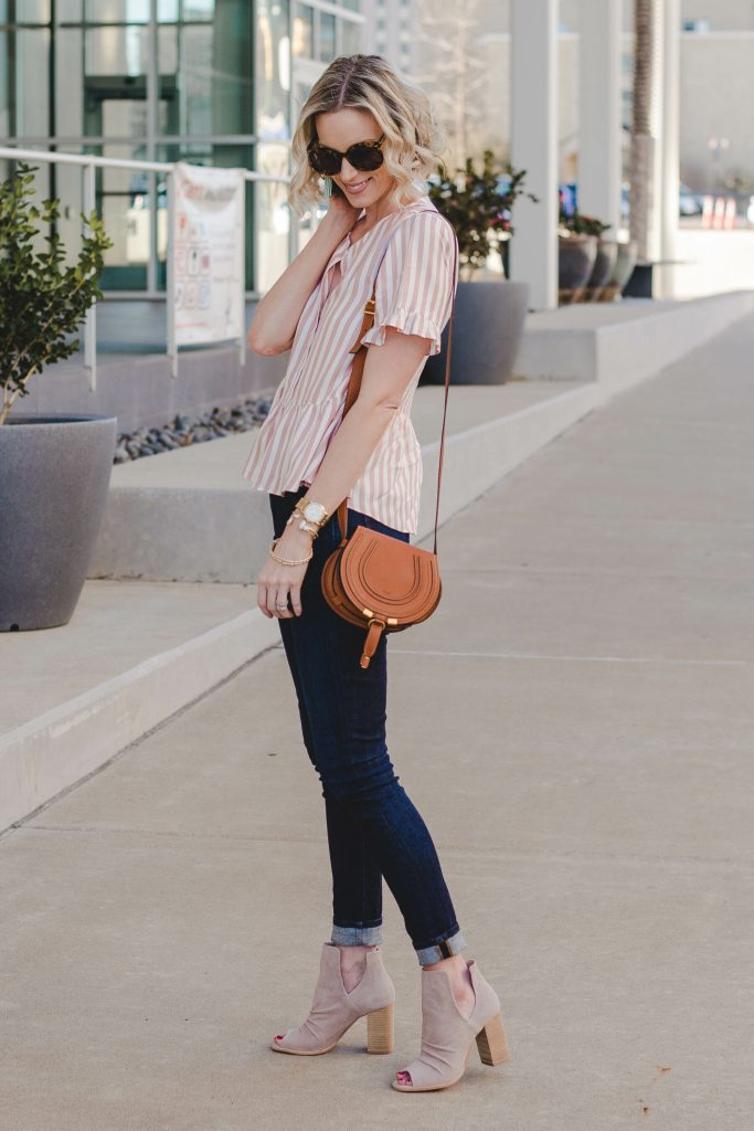 neutral casual outfit for spring