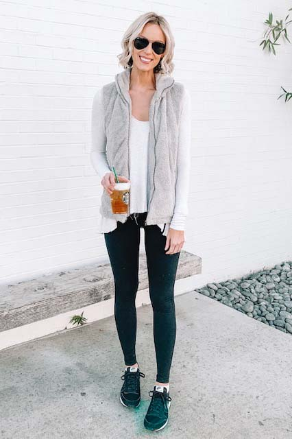 how to wear leggings casually and the best long tops for them; leggings with a long thermal and cozy vest