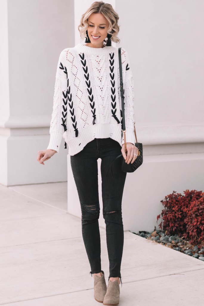 easy casual outfit for fall or winter, sweater and jeans
