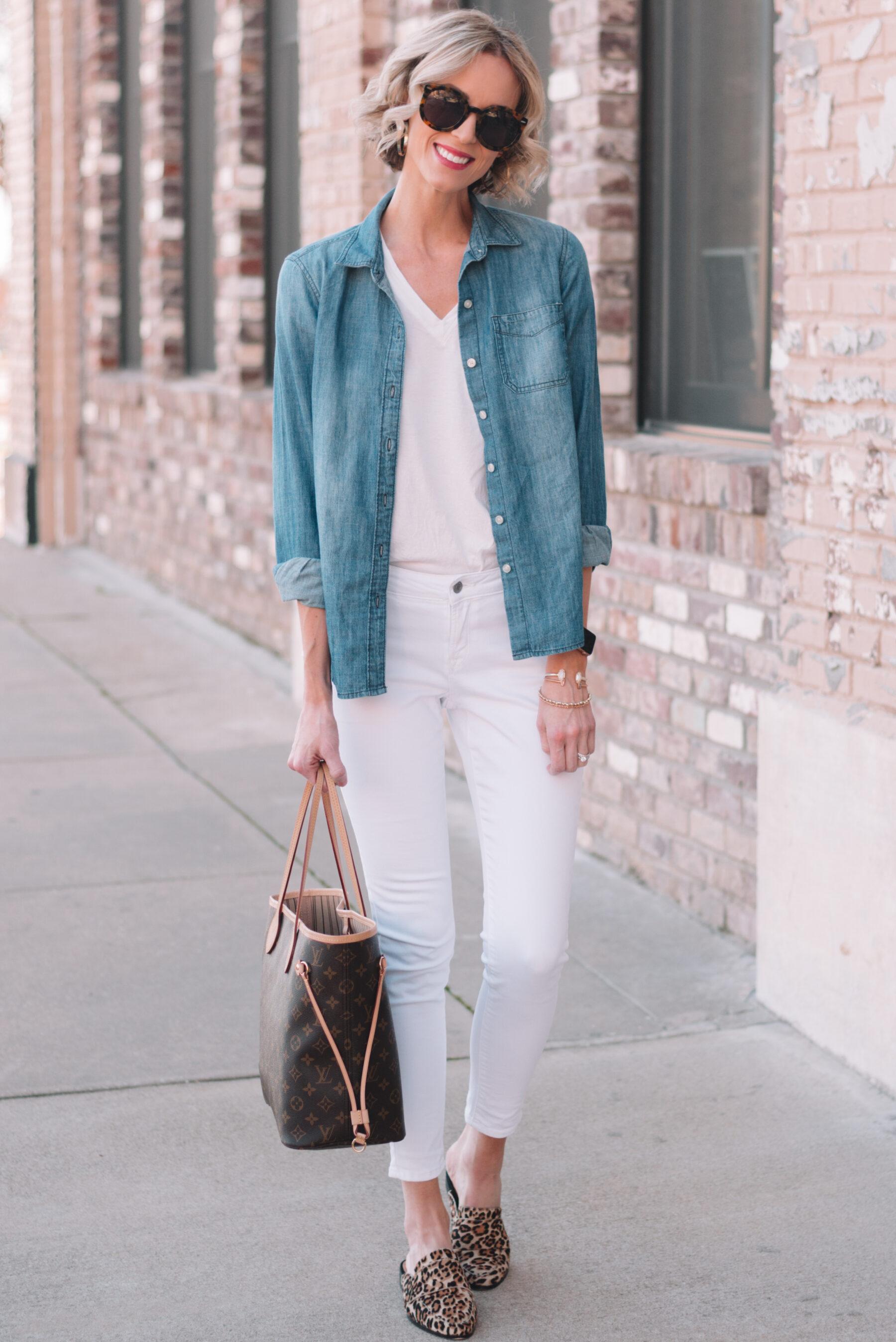 Mini Casual Capsule Wardrobe - 4 Ways to Wear a Chambray