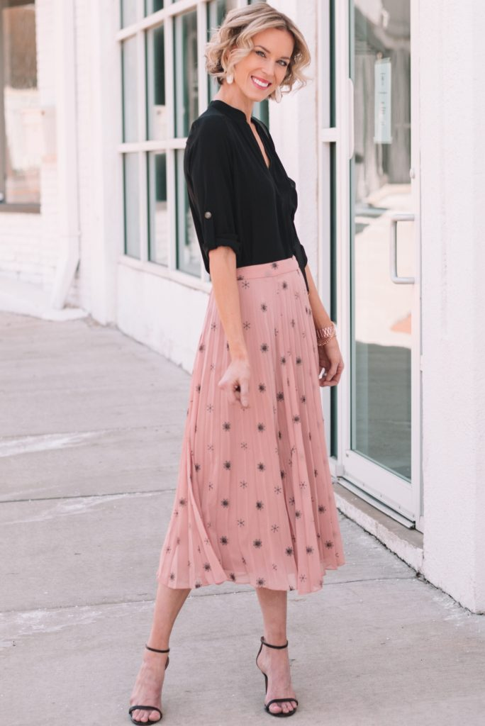 beautiful midi skirt with heels and blouse for spring