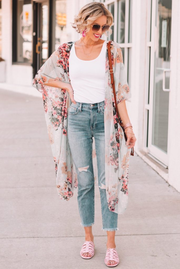 what shoes to wear with straight leg jeans