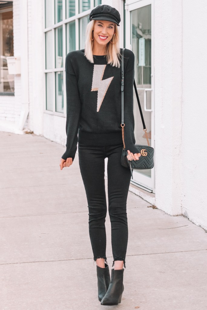 all black outfit, how to wear all black, styling tips for wearing all black, black sweater and jeans