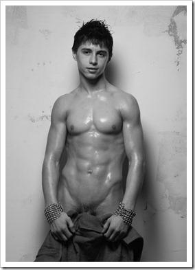 nude_young_boys_amateur_photos (14)