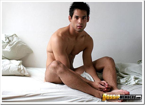 Leandro Okabe nude