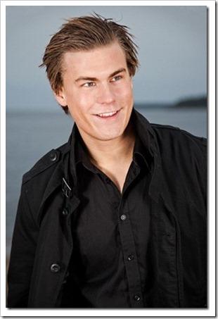 swedish male model andreas tano (50)_thumb