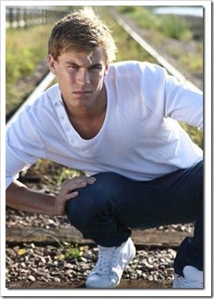 swedish male model andreas tano (89)_thumb