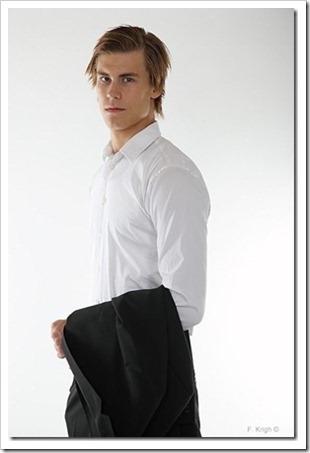 swedish male model andreas tano (96)_thumb